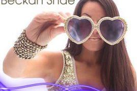 #putyourloveglasseson – Beckah Shae